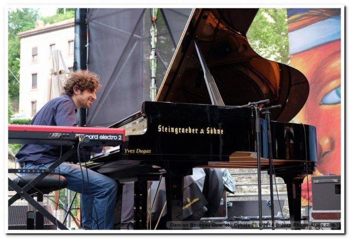 4dB - Thomas Cassis - Claviers