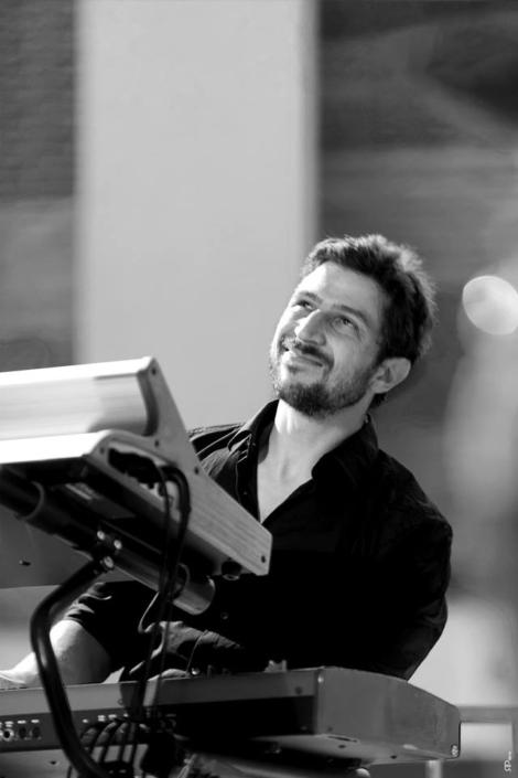 4dB - Jazz Rock Progressif - Thomas Cassis - Clavier - Ville En Musique